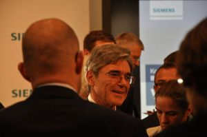 Kaeser trok meer dan vier uit voor het beantwoorden van alle vragen, Foto: Maurits Kuypers