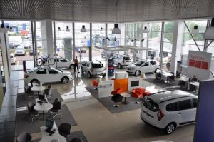 De Dacia-dealer in Boekarest, Foto MK