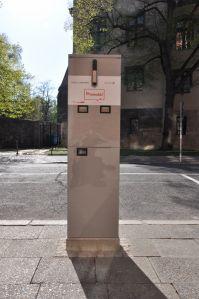 Laadpaal met twee aansluitingen van Allego in het centrum van Berlijn