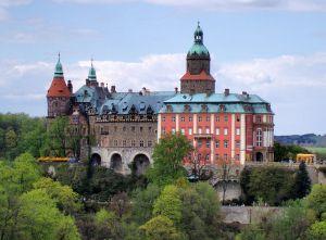 800px-Castle_Fürstenstein