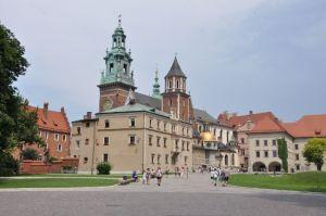 De Wawel in Krakau is een vesting met daarin de kathedraal en het koninklijk paleis